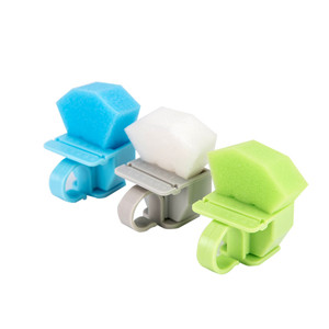 Dental root canal ring sponge cleaning station