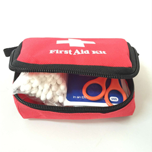 Wholesale portable outdoor waterproof nylon medical first aid kit